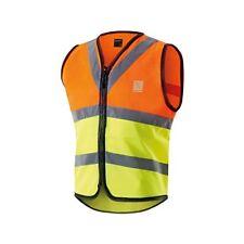 Équipements oranges Altura pour cycliste