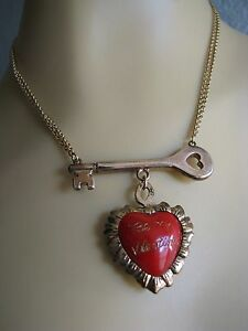 BETSEY JOHNSON VINTAGE BE MY VALENTINE RED HEART/GOLD KEY PENDANT NECKLACE~RARE
