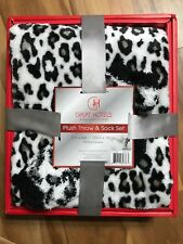 "Plush Throw and Sock Set 50"" x 60"" New in Box TAG ON FRONT $40"