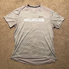 Nike Running Michigan Dri Fit T Shirt Men's Size Large Gray