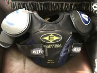 Easton SP AIR Junior Hockey Shoulder Pads Small Pre Owned