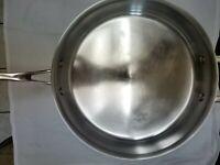 Kirkland Signature Professional Quality 5.5 Qt Saute Pan Skillet No  Lid, Italy