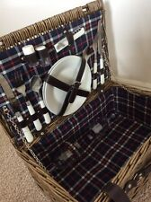 NEW picnic basket for two