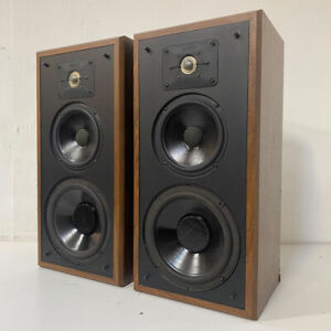 High End Polk Audio 'Monitor Series' 5 Stereo Speakers - Made in USA