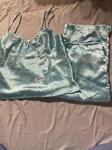 Secret Treasures Satin Pajama Set Cami Capris Cropped Blue Large