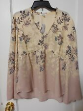 NWT MAURICES PEACH Floral Bell Sleeve Blouse Size Small  - MSRP $34