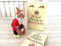 Royal Doulton Figurine SANTA BUNNYKINS Happy Christmas DB17 Englandwith Box