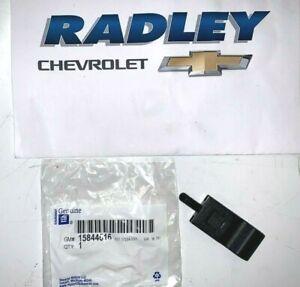 NEW OEM GM CHEVROLET SILVERADO AVALANCHE Door Lock Knob BLACK 15844616 B78D