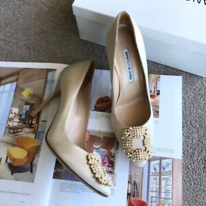Authentic Brand New In Box Manolo Blahnik Hangisi Pumps Heels Shoes Size 38
