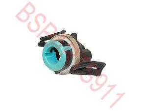 Used BMW E36 320i  E34 Front Turn Signal Bulb Holder Socket  63131384032