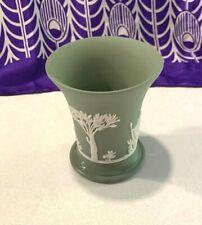 VINTAGE WEDGEWOOD JASPERWARE GREEN & WHITE TRUMPET VASE 10cm