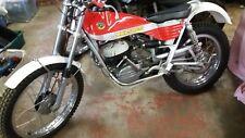 BULTACO SHERPA 250 ensayos 3 pernos de montaje del motor principal marco B49 Motor M49
