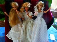 lot     les 3mariées blondes ,belles robes dentelles= barbies 1975-1998
