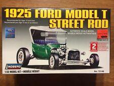 1925 Ford Model T Street Rod Lindberg Plastic Model Kit 1:32 Scale
