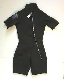 Akona Adventure Gear Women's Shortie Wetsuit Size 5/6 Front Zip 3 mm Black