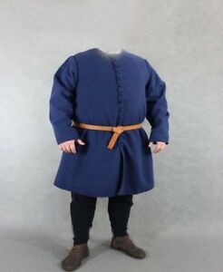 Medieval gambeson in standard sizes jacket coat Full Sleeves Thick Padded Armour
