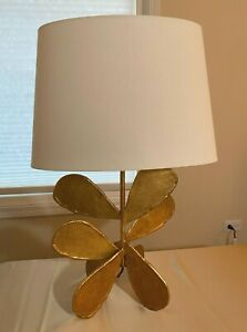 Jane Petal Table Lamp in Gold by Visual Comfort