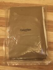 Calvin Klein Solid Percale Bed skirt California King Sable