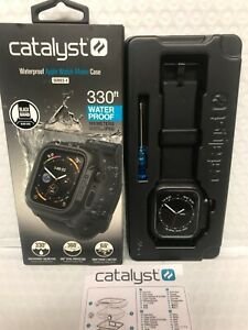 Catalyst - Waterproof Case / Band for Apple Watch Series 4 & 5 - (44mm) - Black
