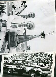 Vintage Photos 1st WIN Woman Drag Racing Shirley Shahan 1965 Plymouth Car 421020