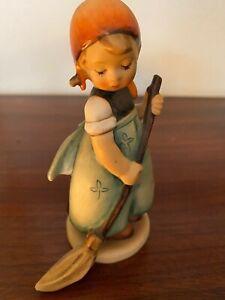 """**Vintage** Goebel Hummel Figurine #171 """"Little Sweeper"""" girl with broom 4.5"""""""