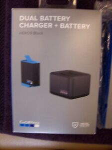 hero9 GoPro battery + battery charger and microphone adapter pro 3.5