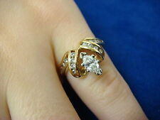 BEAUTIFUL, 14K YELLOW GOLD 0.85CT T.W. MARQUISE AND ROUND DIAMONDS LADIES RING