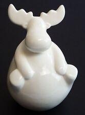 Markenlose Deko-Ornamente aus Porzellan