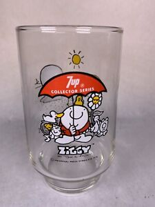"""Ziggy Glass Tumbler, 1976 """"Here's To Good Friends"""" 7-Up Collectible 6"""" Tall Red"""