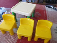 Little Tikes doll house kitchen table & 3 yellow chairs NICE