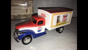 Liberty Classics 1942 11/2 Ton Van Box Bank #75008 Pepsi Cola CHEVROLET VINTAGE