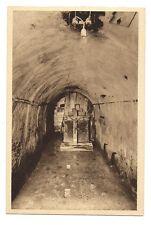 fort de vaux  ,la chapelle dans une galerie du fort