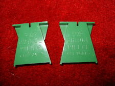 2 x VINTAGE GREEN TRIANG SCALEXTRIC TRACK BRIDGE PILLAR (LE PONT) FROM 1970s