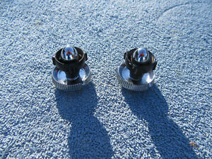 1954 Ford Victoria Radio Knobs an Bezels 1955 Thunderbird