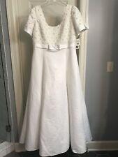 NWT Lady Eleanor Wedding Gown Sz 22 Beaded Lace Bodice/Bows Davids Bridal Dress