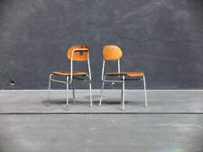 Markenlose Stühle mit 1 Teilen