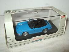 Universal HOBBIES 4622 PORSCHE 911 Carrera 4 cours moulé Modèle à L'échelle 1:43.