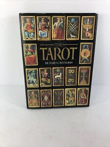 The Tarot Book Hardcover Dust Jacket by Richard Cavendish 1986 Edition Crescent