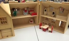 Melissa & Doug Fold & Go Wooden Dollhouse With Accessories / Furniture / People