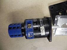 Kraus & Naimer CA10B A750-600 KN1 S1-F990 2 polig 3-Schritt mehrstufigen Switch. NEU.