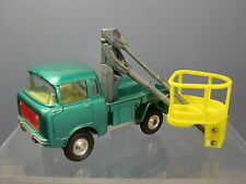 CORGI TOYS MODEL No.478 HYDRAULIC TOWER WAGON  ( CHERRY PICKER ) ON FORWARD JEEP