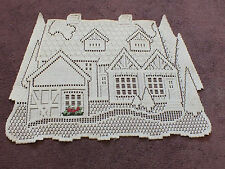 Collectible Beautiful Heritage Lace Table Linen House Roses Off White 13x19