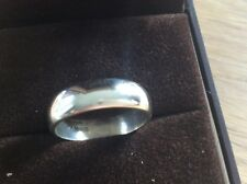 9ct White Gold Wedding ring size R