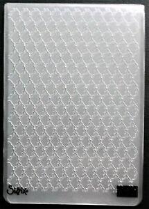 SIZZIX STAMPIN UP EMBOSSING FOLDER INTERLOCKED PATTERN - CARD BACKGROUNDS