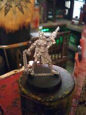 Warhammer Necromunda Escher Caminero mayor 40k con laspistol y Mayal poco frecuentes fuera de imprenta..
