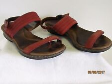 EUC Planet Walkers by Simple Ladies Red Casual Sandals Flip Flops Shoes 7 #9489