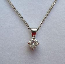Nuevo 18 ct Blanco Oro 1/5 quilate Colgante Con Diamante & Cadena