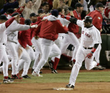 GLOSSY PHOTO PICTURE 8x10 David Ortiz Running Happy On The Pitch