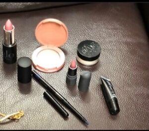 Bundle: Tarte Glow Kat Von D makeup set
