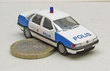Herpa VW Passat GL polis